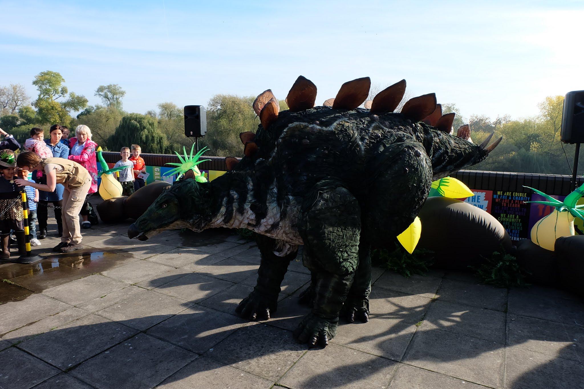 dinosaurevent03