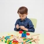 「パズルがはまらない」は英語で何と言う?<br> 子どもと英語で遊ぼう!男の子編