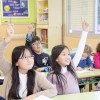バイリンガル保育園や幼児英語教室は、なぜ子供に「授業」をするのか?
