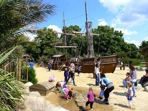 princess-diana-memorial-playground-pirate-ship